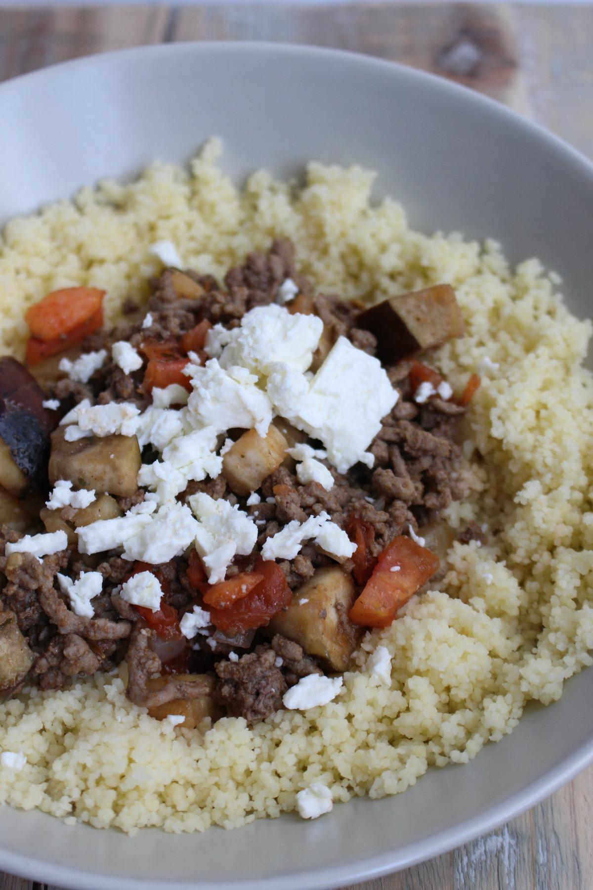 Couscous met gehakt, groenten en feta
