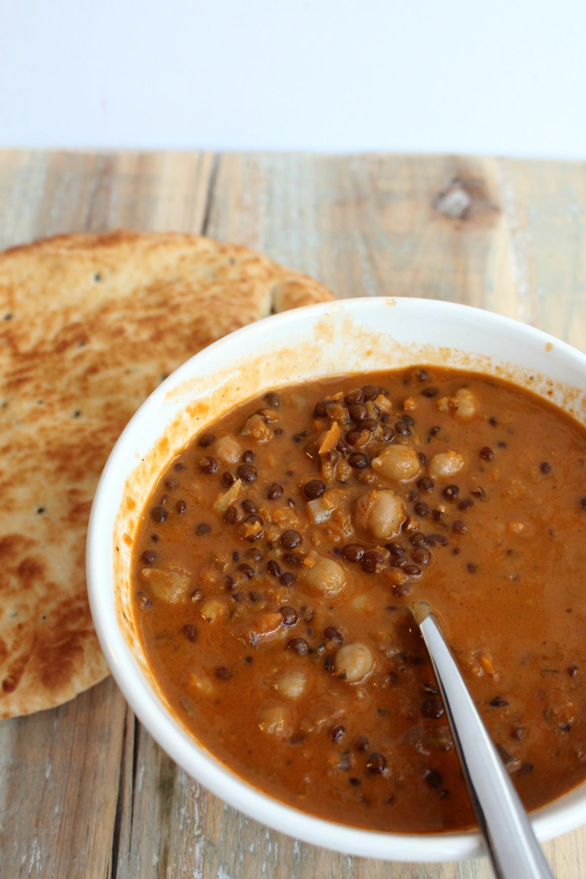 Kokos-linzen soep