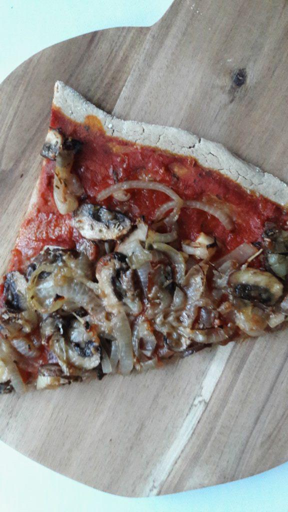 Pizza met uien
