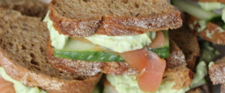 High tea – twee variaties van heerlijke sandwiches