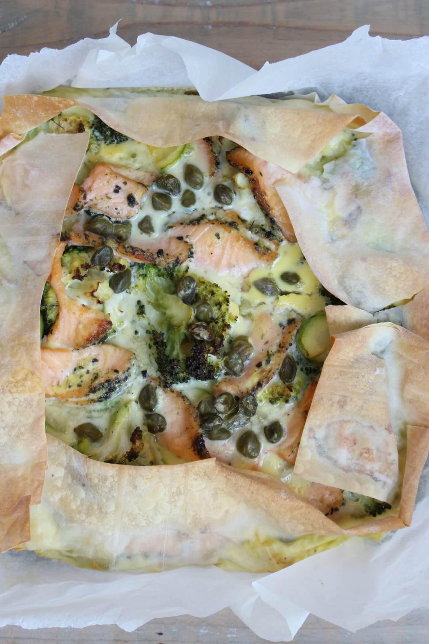Quiche van filodeeg met zalm en groene groenten enzo