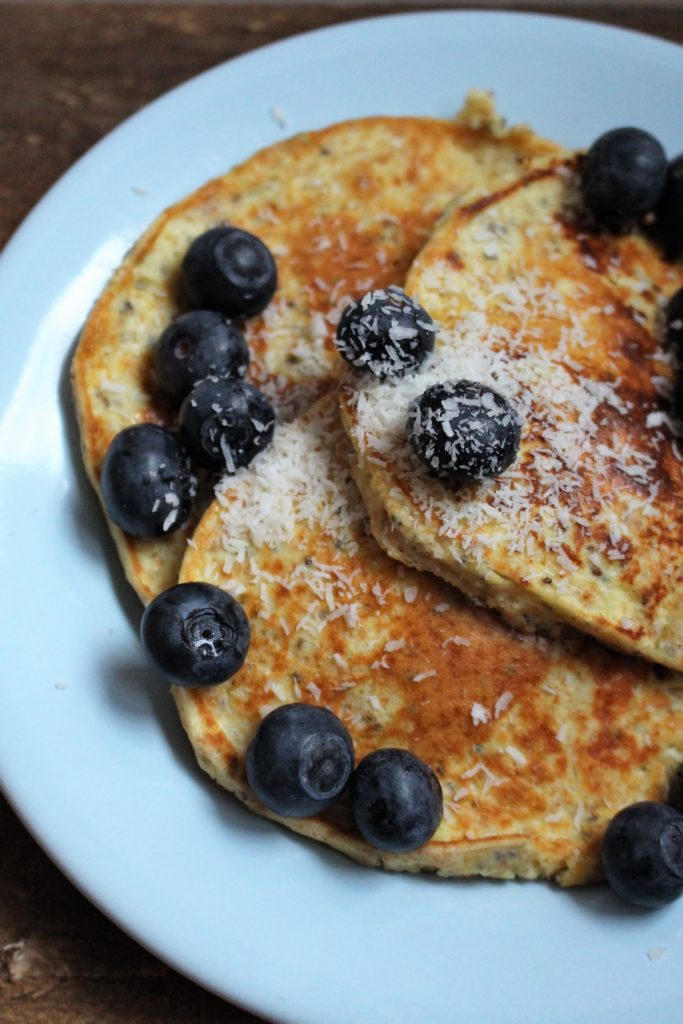 yoghurt pannenkoeken met blauwe bessen