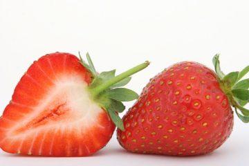2 aardbeien