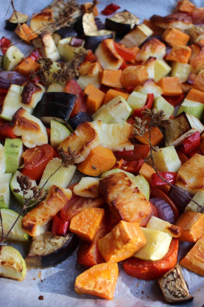 Ovenschotel met groenten en halloumi