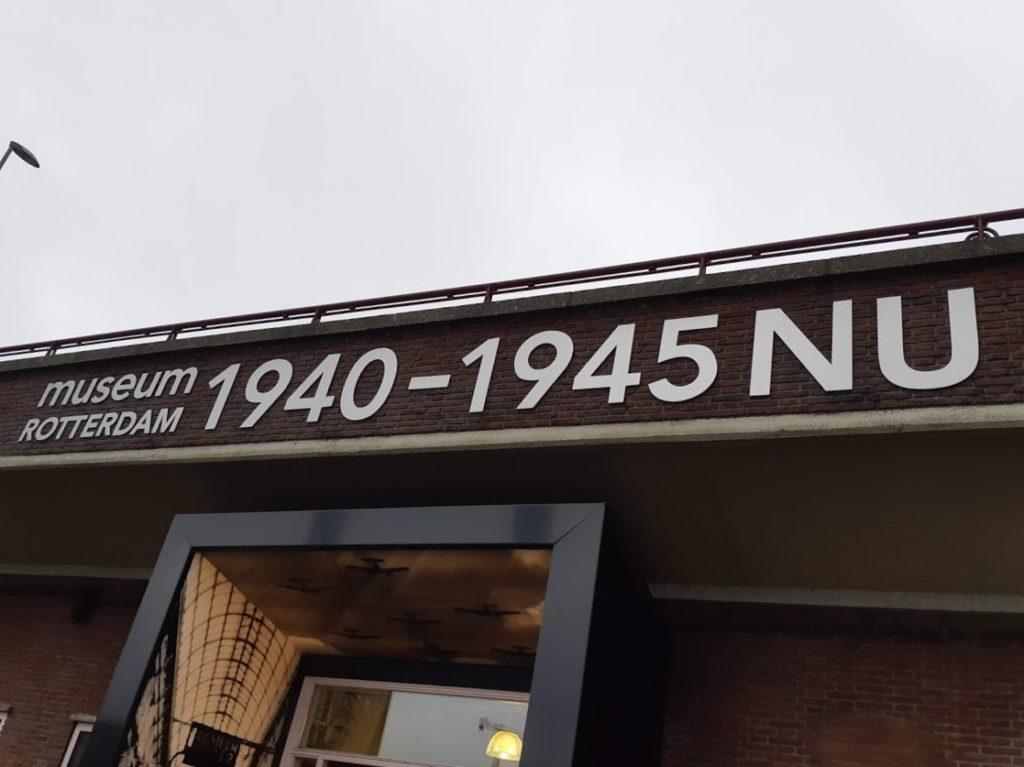 De ingang van het museum 1940-1945 nu. Een aanrader!