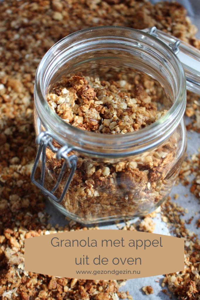 granola met appel en kaneel uit de oven