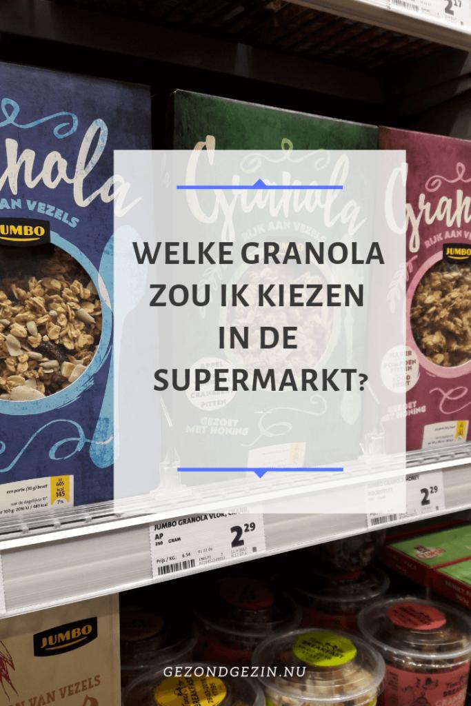 schap met granola in de supermarkt