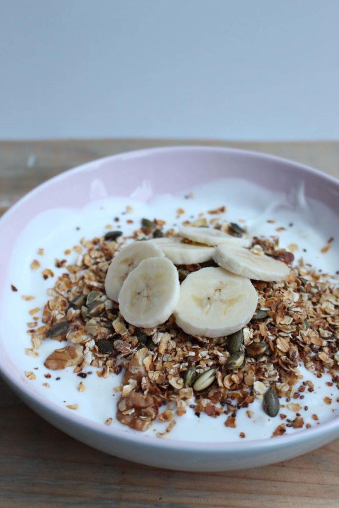 snelle granola met banaan