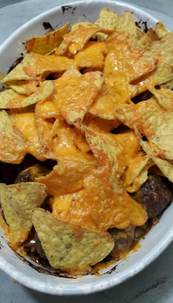 Ovenschotel gehaktballetjes en nacho chips met groenten (2)