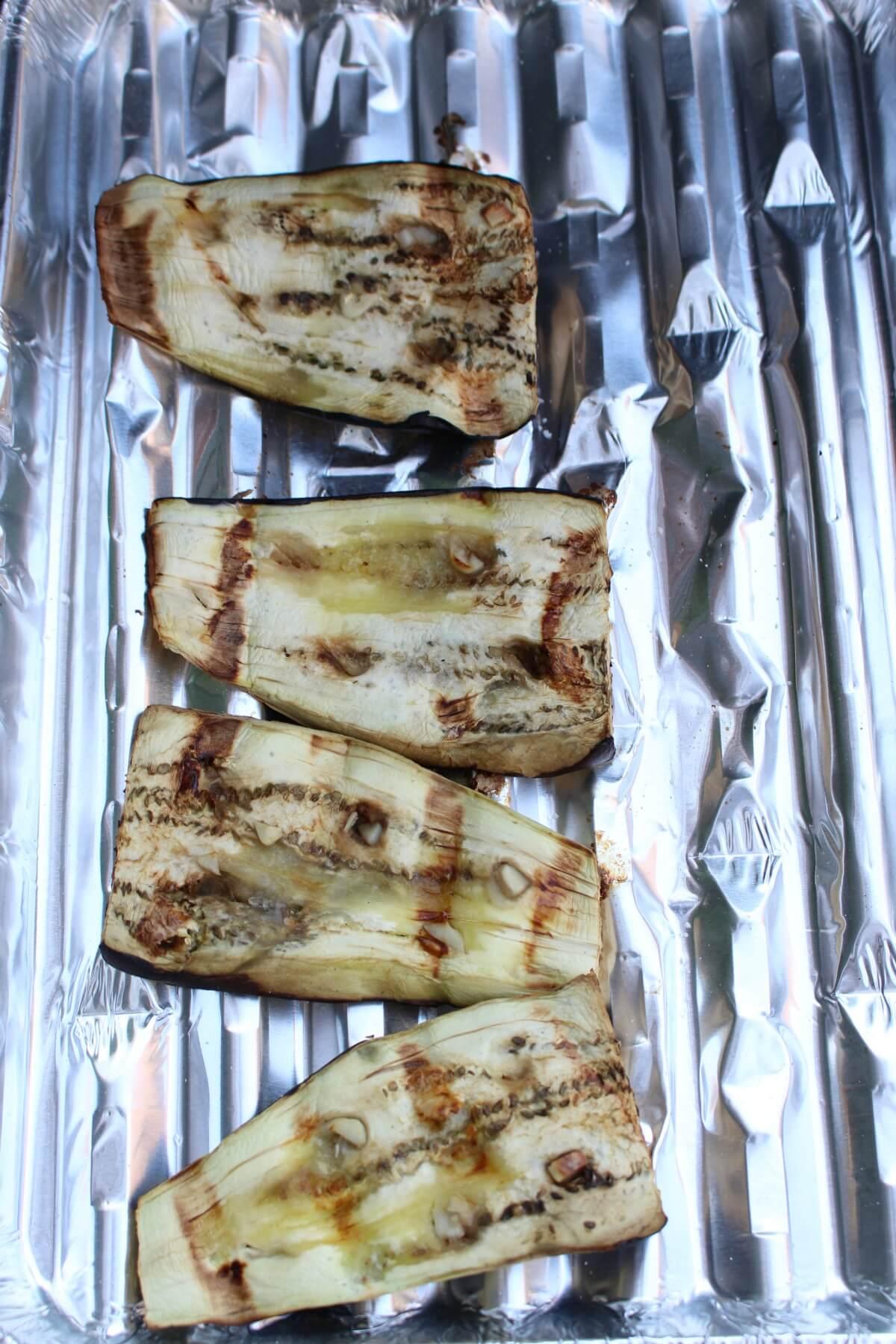 Aubergine grillen op de BBQ