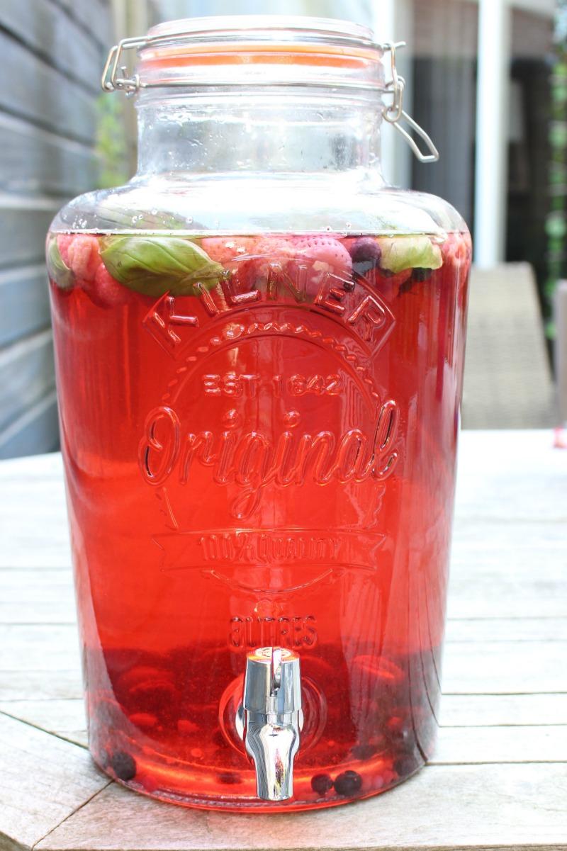 Fruitwater met zomerfruit en andere lekkere combinaties