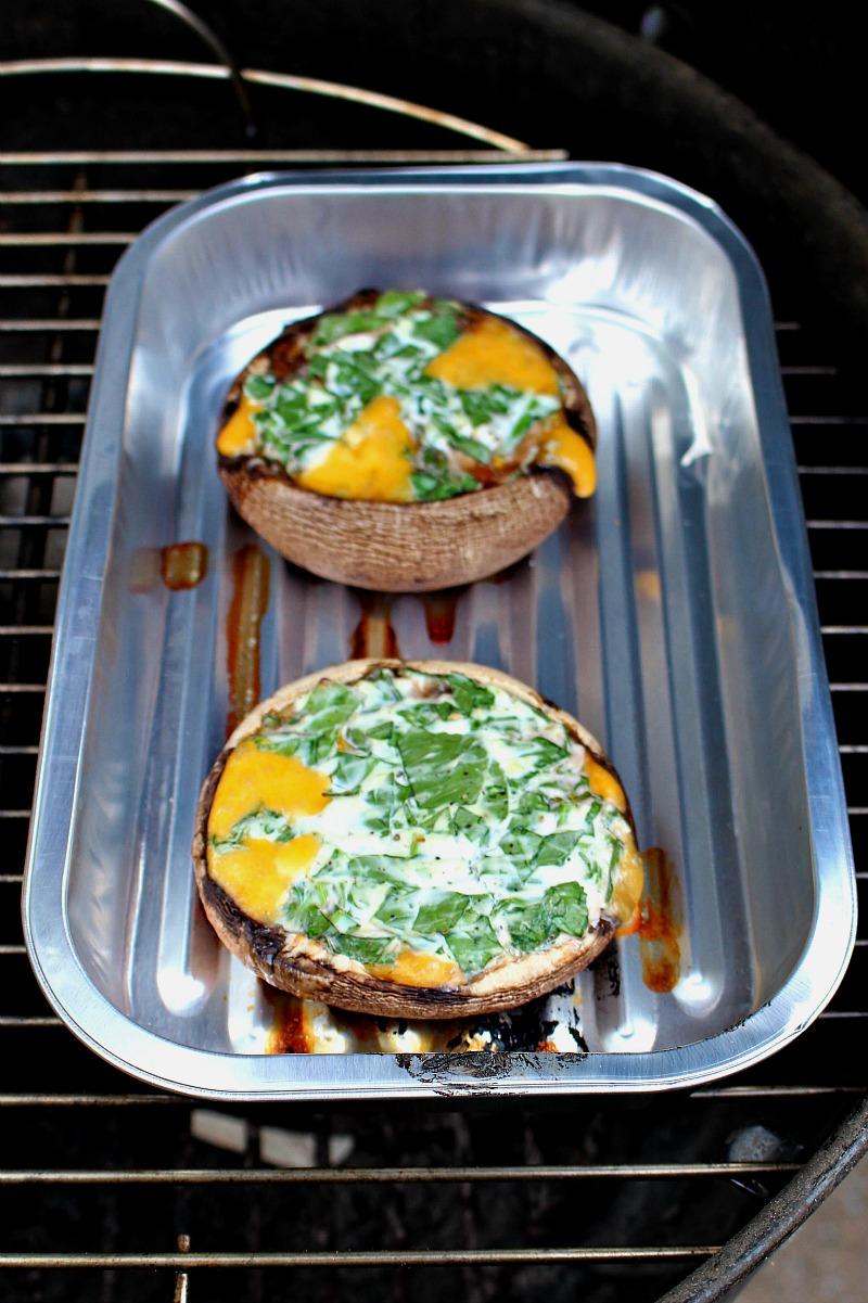 Gevulde portobello met kaas en spinazie